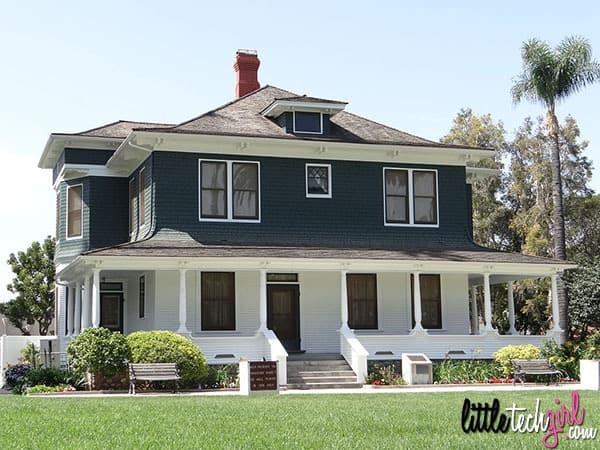 1024px-a-_s-_bradford_house