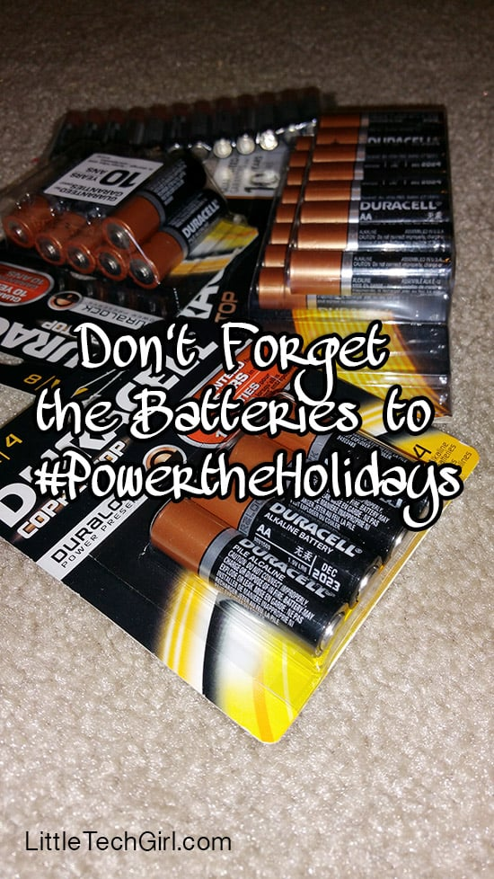 Don't Forget the Batteries to #PowerTheHolidays with Duracell